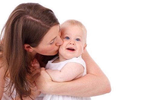 Mamma con bebe
